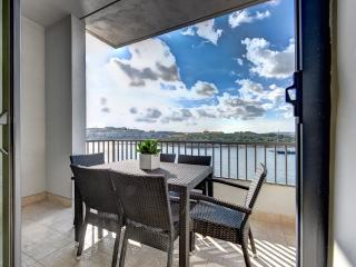 031 Exceptional Tigne Seafront 4-bedroom apartment - Sliema vacation rentals