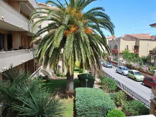 "Apartment ""da Franco"" - 3 Bedrooms for 6 persons - Alghero vacation rentals"