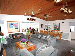 NEW LISTING!! EXCLUSIVE VICTORIA BEACH - Laguna Beach vacation rentals