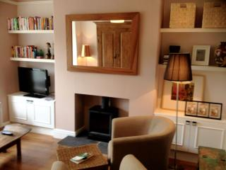 Chic 3 Bedroom House in Fab Yorks Village - Boston Spa vacation rentals