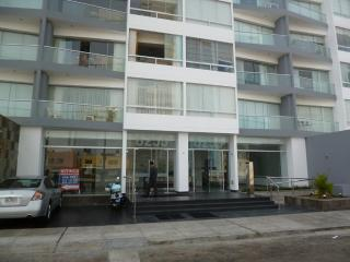 Nice Condo with Internet Access and Shared Outdoor Pool - Lima vacation rentals