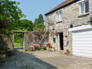 THE LIMES COACH HOUSE, off road parking, great local amenities, fantastic touring base in Curry Rivel, Ref: 18543 - Yeovil vacation rentals