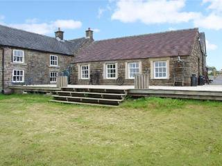 CURLEW COTTAGE, romantic cottage, WiFi, great views, in Longnor, Ref. 23694 - Peak District National Park vacation rentals