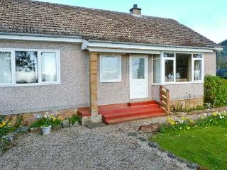 CLINT COTTAGE, single-storey pet-friendly cottage, en-suite, St Boswells nr - Scottish Borders vacation rentals