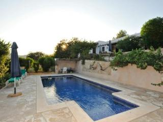 5 bedroom House with Private Outdoor Pool in Cubells - Cubells vacation rentals