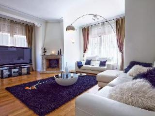 Spacious Villa Victoria with pool- jacuzzi, games room & central location - Barcelona vacation rentals