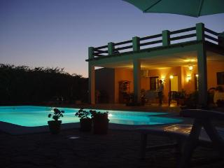 Bright 3 bedroom Cottage in San Martin del Tesorillo - San Martin del Tesorillo vacation rentals