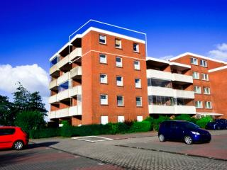 Vacation Apartment in Dornumersiel - 538 sqft, beautiful, near the beach, quiet (# 4007) - Dornumersiel vacation rentals