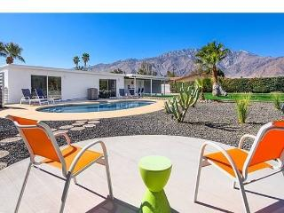 Hip, Modern and Private Retreat With Huge Backyard - Palm Springs vacation rentals