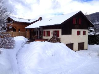 Chalet Shiraz, Chamonix Mont Blanc. Gorgeous..! - Les Houches vacation rentals