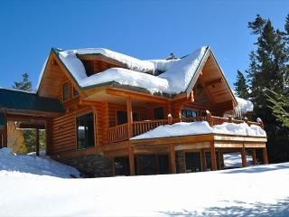 Fall Specials! Eagle's Nest Overlooking Lake Cle Elum!  4BR | Hot Tub - Cle Elum vacation rentals