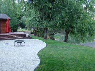 Enchanting Lake and Golf Course Frontage Home - Tehachapi vacation rentals