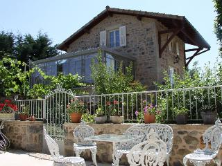 Luxury 18th century cottage in Burgundy - pool/spa - Saint Leger sous la Bussiere vacation rentals