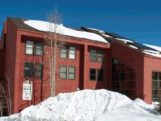 Ski In/Out Condo - 1 bedroom luxury on the slopes! - Southwestern Utah vacation rentals