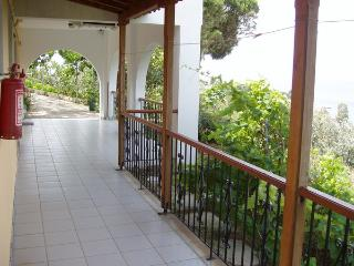 Villa Kavourakia Studios - Skiathos vacation rentals
