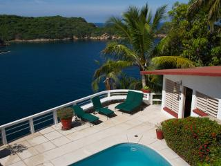 Private Oceanfront House near Acapulco Cliff Diver - Acapulco vacation rentals