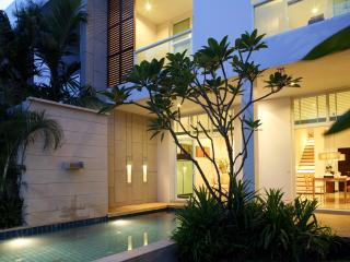 Modern Three Bed Townhouse with pool in Naiharn - Nai Harn vacation rentals