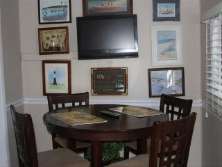 "Suncatcher Cottage 1508-2nd Avenue ""A"" - Tybee Island vacation rentals"