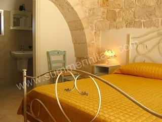 Gorgeous House with Deck and Internet Access in Martina Franca - Martina Franca vacation rentals