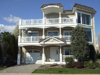 181 65th 102911 - Avalon vacation rentals