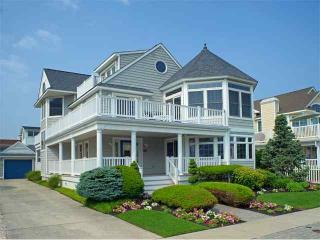 Nice 5 bedroom House in Avalon with Deck - Avalon vacation rentals