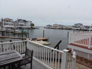 3 bedroom House with A/C in Stone Harbor - Stone Harbor vacation rentals