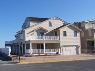 Beautiful 5 bedroom House in Avalon with Deck - Avalon vacation rentals