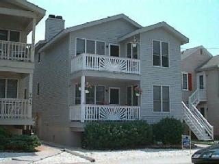 Cozy 3 bedroom Apartment in Ocean City - Ocean City vacation rentals
