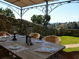 Lovely, and Pet-Friendly, Stone Home With Seaview, Garden & Terraces - Cagnes-sur-Mer vacation rentals