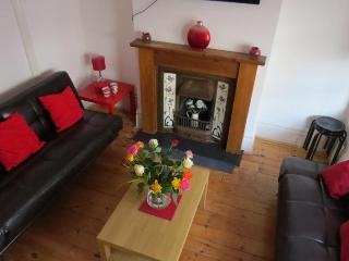 Budget Group House In Hove (Sleeps 12) - Brighton vacation rentals