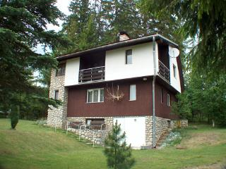 Nice Cottage with Internet Access and Garden - Stola vacation rentals