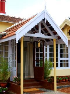 Charming 2 bedroom B&B in Kumbakonam - Kumbakonam vacation rentals