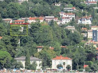 Sunny 2 bedroom Opatija Apartment with Internet Access - Opatija vacation rentals