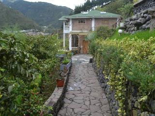 Great Views of Banos de Agua Santa! - Tungurahua Province vacation rentals