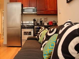 NYC One bedroom in the Turtle Bay area - Key 552 - New York City vacation rentals
