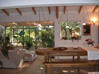 Gîte De Charme Pour 2, Très Spacieux, Décor Soigné, Au Calme, Avec Terrasses - Soubes vacation rentals