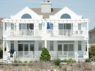 Beautiful Ocean City Apartment rental with Deck - Ocean City vacation rentals