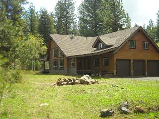 Large Executive Cabin on 5 Private Acres close to McCall! - Southwestern Idaho vacation rentals