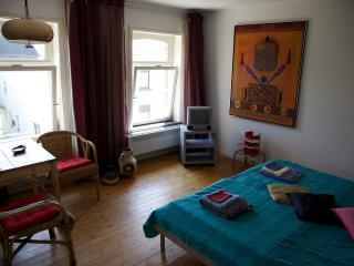 Romantic 1 bedroom Bed and Breakfast in Heks - Heks vacation rentals