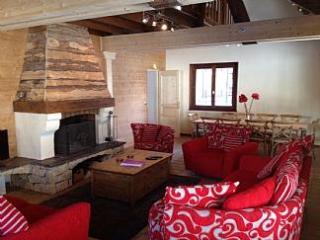 Chalet Alys, in centre of historic mountain resort - Abondance vacation rentals
