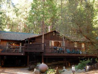 Perfect 4 bedroom Yosemite National Park House with Internet Access - Yosemite National Park vacation rentals