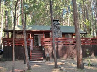 Nice 2 bedroom Yosemite National Park House with Dishwasher - Yosemite National Park vacation rentals