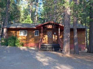 Cozy 2 bedroom House in Yosemite National Park with Dishwasher - Yosemite National Park vacation rentals