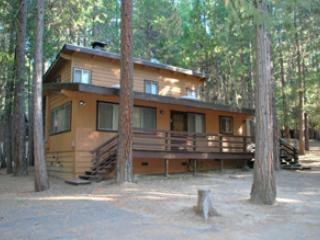 Spacious House with Dishwasher and Television - Yosemite National Park vacation rentals