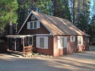 Cozy House with Television and DVD Player - Wawona vacation rentals