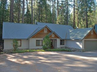 Nice 3 bedroom Yosemite National Park House with Television - Yosemite National Park vacation rentals