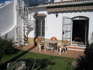 2 bedroom holiay bungalow in Nerja - Nerja vacation rentals