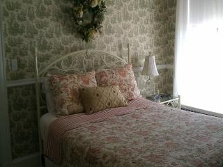The Iris Room - Hampton vacation rentals