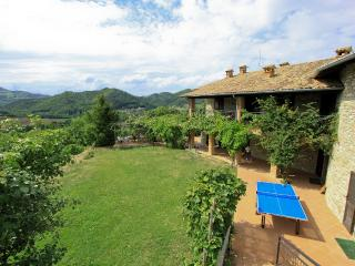 Valtidone Verde: a unique B&B in Northern Italy - Zavattarello vacation rentals