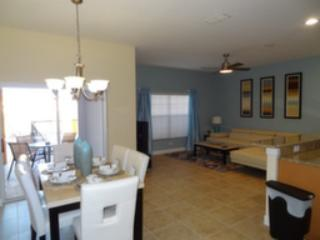 BEST PRICE TROPICAL OASIS RESORT PARADISE PALMS - Kissimmee vacation rentals